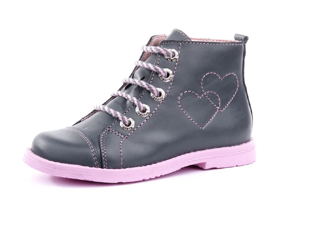 Buty sznurowane czy buty na rzepy